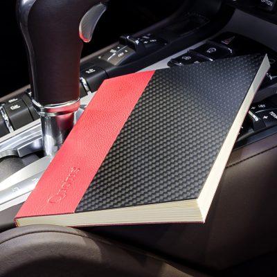 Quotus - Taccuino NovusBook in vera pelle e fibra di carbonio colore rosso