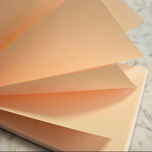 Cartoleria Quotus - Block Notes Solus in pelle in carta vergata Conqueror rosa