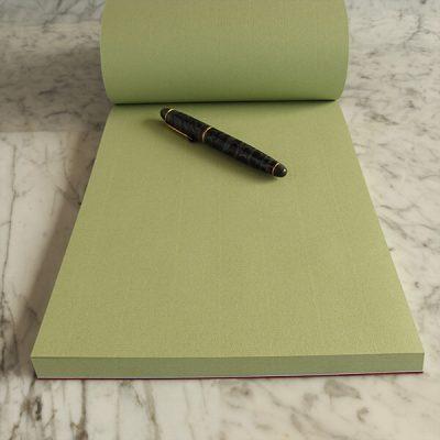 Cartoleria Quotus - Block Notes Solus in pelle in carta vergata Conqueror verde