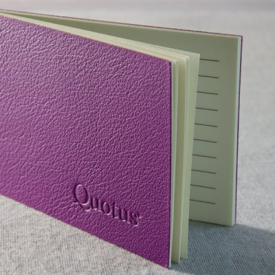Quotus-fashion-stationery-made-in-italy-mini-block-notes-pavra-purple (5)